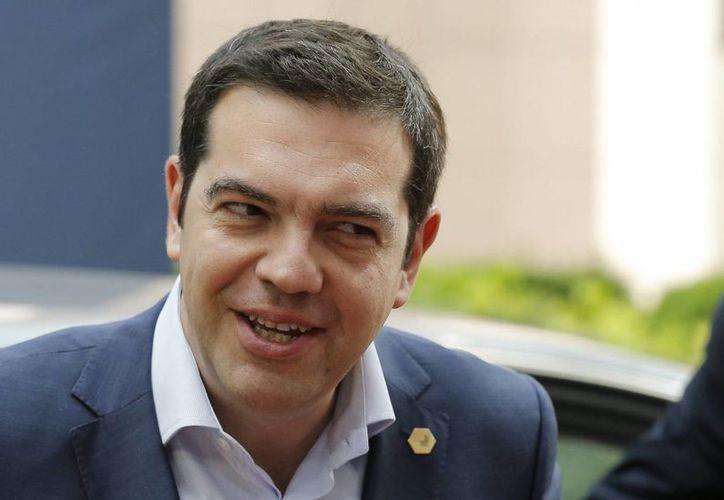Alexis Tsipras, primer ministro de Grecia, calificó como un 'ultimátum' el comportamiento de los acreedores de la deuda griega. (EFE)