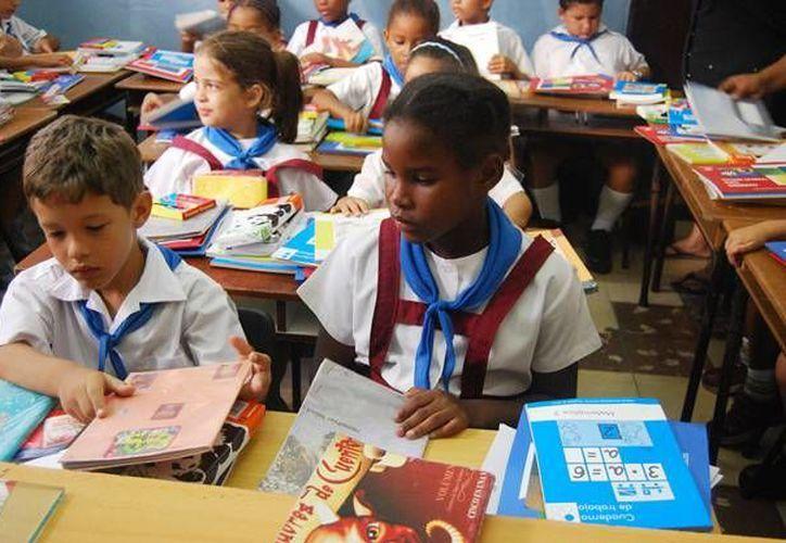 La Unesco resalto la prioridad que le da Cuba a la educación. (contrainjerencia.com)