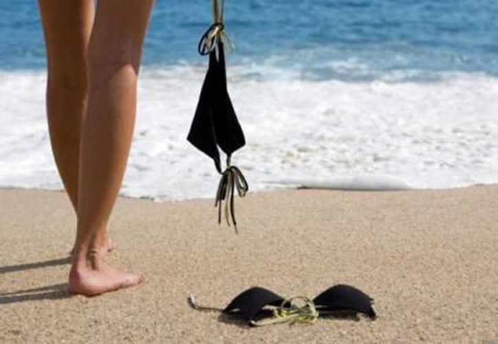 México será por primera vez sede del encuentro Latinoamericano nudista, el cual se realizará en Zipolite, Oaxaca. (lonelyplanet.com)