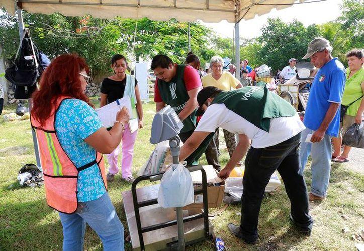 """""""Recicla por tu bienestar"""" realizó operativos simultáneos en las colonias Emiliano Zapata Oriente y San Juan Grande. (Cortesía)"""