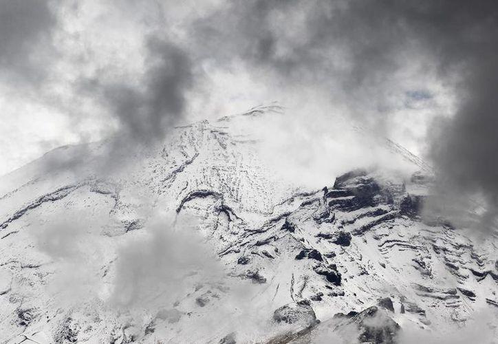Imagen de archivo del volcán Popocatépetl, que ha registrado actividad en las últimas horas, según informa el Cenapred. (Notimex)