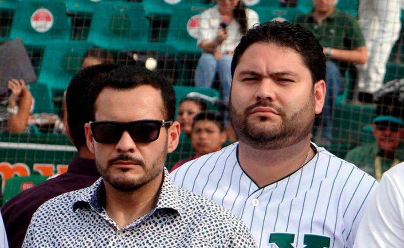 Los Arellano Hernández han demostrado el interés por el deporte principalmente con el béisbol. (Agencias)