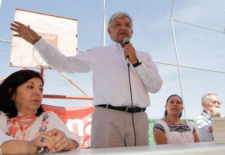 """AMLO acusó una """"grave crisis"""" entre los partidos políticos. (Notimex)"""