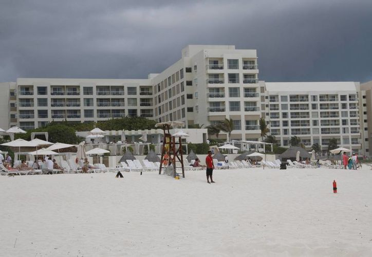 Visitarán a los hoteles que deseen participar en el programa. (Tomás Álvarez/SIPSE)