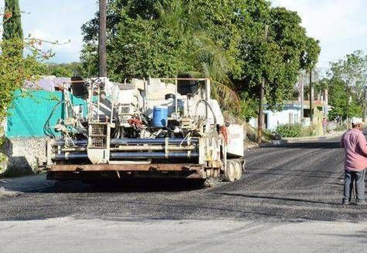 Los trabajos de reconstrucción y pavimentación de calles en la cabecera municipal han concluido. (Cortesía/SIPSE)