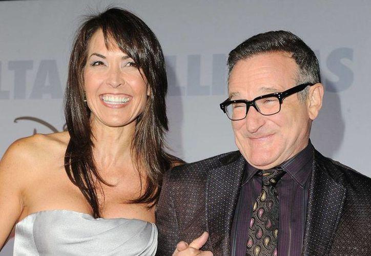 La hoy viuda de Robin Williams dice que le interesa conservar varios objetos personales del actor, pero el resto de la familia no está de acuerdo y han entrado en negociaciones extralegales para obtener lo que quiere. (Archivo/AP)