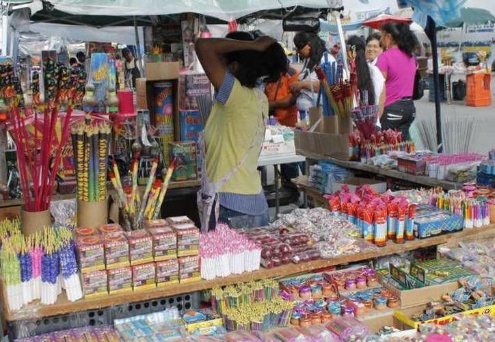 En Yucatán, aunque la actividad ilícita se centra en el contrabando de tabaco y licor, en la temporada navideña surge la pirotecnia. (SIPSE)