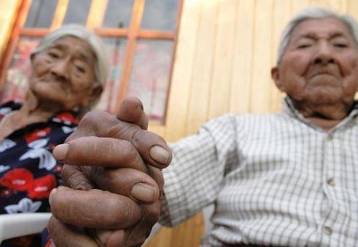 En México y Argentina las personas tendrán una expectativa de vida similar. (Archivo/SIPSE)