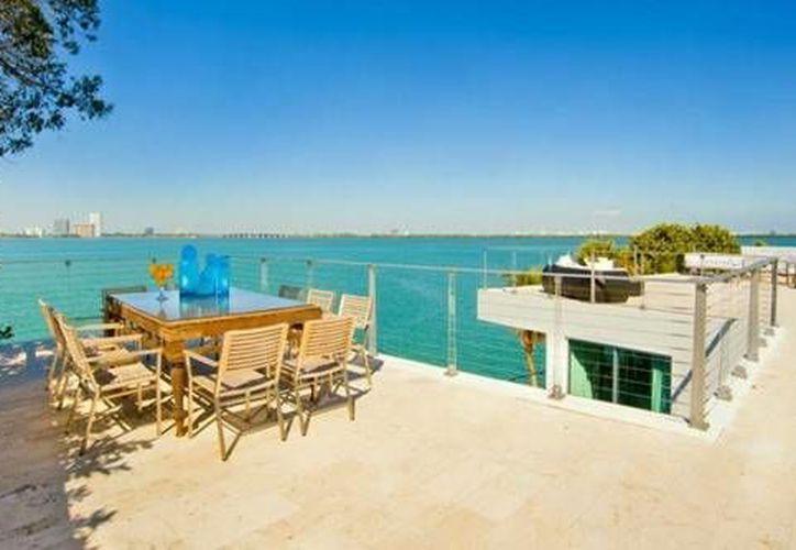 La compra de casas a la orilla de la playa, toma auge como una opción de ahorro para el retiro. (Foto/Internet)