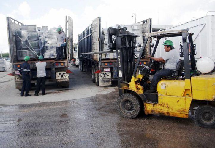 Los desechos fueron debidamente empaquetados para su envío a Lerma, Estado de México. (Milenio Novedades)