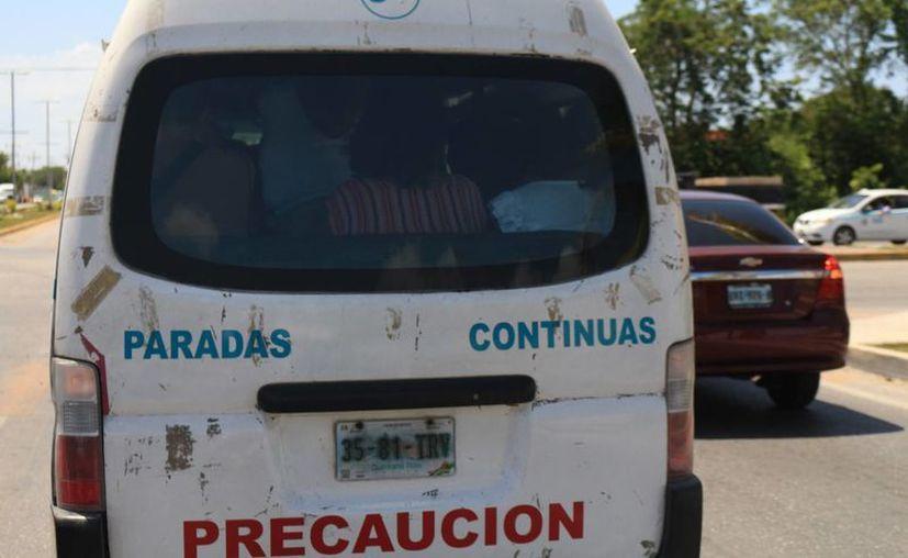 El transporte urbano del municipio de Solidaridad ahora informará cómo poner quejas sobre el servicio que ofrece. (Adrián Barreto/SIPSE)