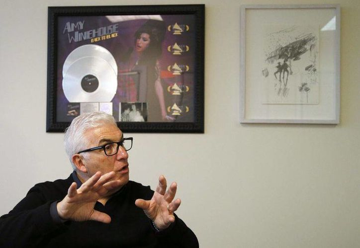 Mitch Winehouse (foto) declaró en contra de 'Amy', documental sobre la cantante el cual se llevó un Oscar en la reciente entrega de los Premios de La Academia. (AP)