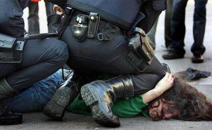 La tortura policial es un tema que ha interesado de manera constante a los grupos de derechos humanos y al gobierno mexicano. Se calcula que en la PGR se duplicaron en un año, al pasar de mil 165 casos en 2013 a dos mil 403 en 2014 las denuncias de esta práctica en México. (Archivo SIPSE)