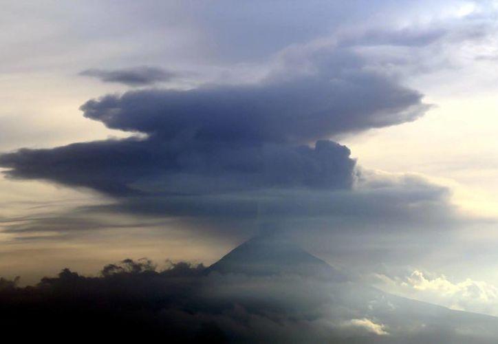 Reportan un nuevo domo de lava de unos 250 metros de diámetro. (Notimex)