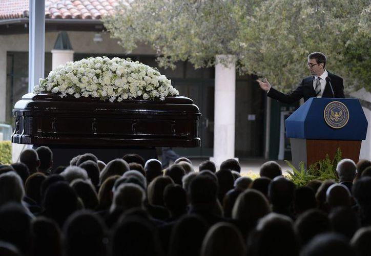 Destacados personajes de la clase política norteamericana acudieron al funeral de Nancy Reagan, fallecida el 6 de marzo pasado. (EFE)