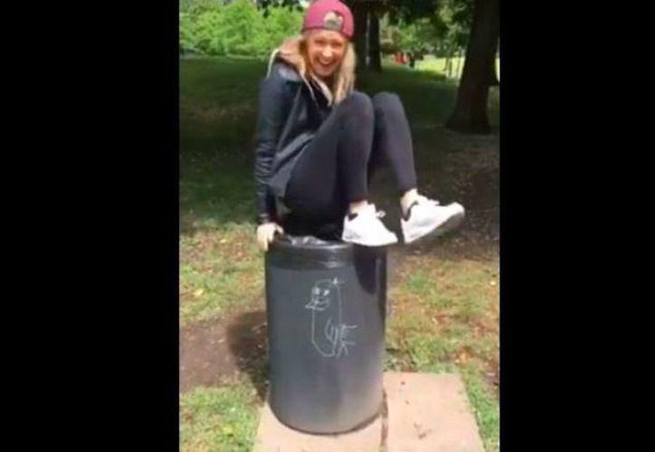 Las personas deben encontrar la manera de dejar de pisar el suelo en menos de cinco segundos. (Foto: Internet)
