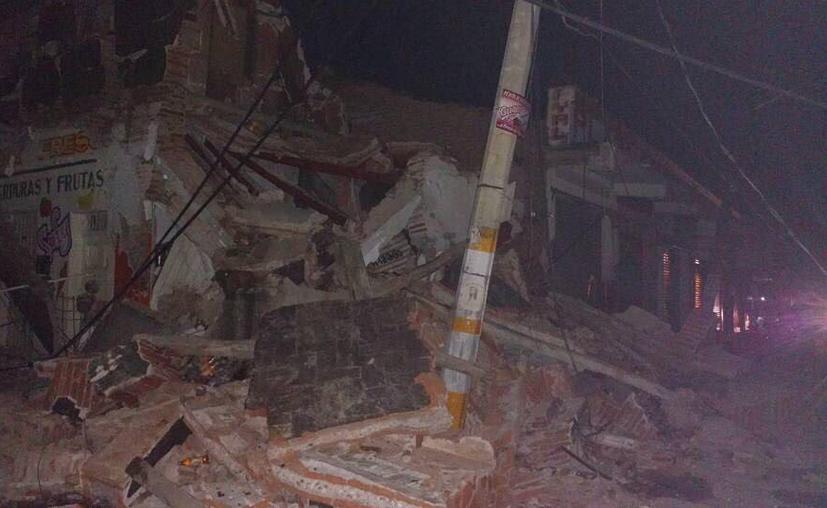 En Oaxaca y Chiapas se han registrado múltiples derrumbes. (Twitter)