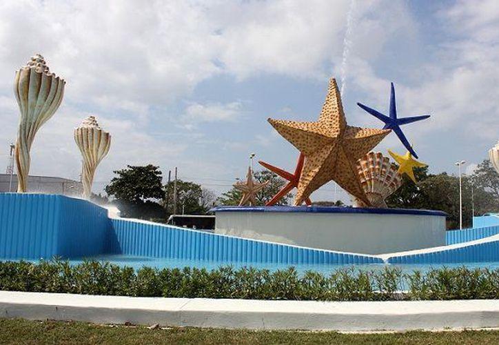 Buscan equipar un espacio en el centro, con archivos y objetos históricos de Cancún. (Internet)