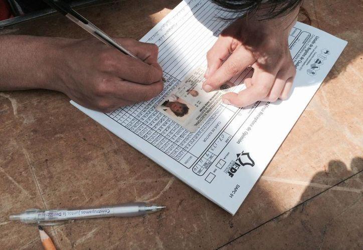 La creación de una Cédula Única de Identidad es una de las 10 propuestas de Peña Nieto para fortalecer el Estado de Derecho; dicho documento estaría basado en el registro nacional de electores. (Archivo/Notimex)
