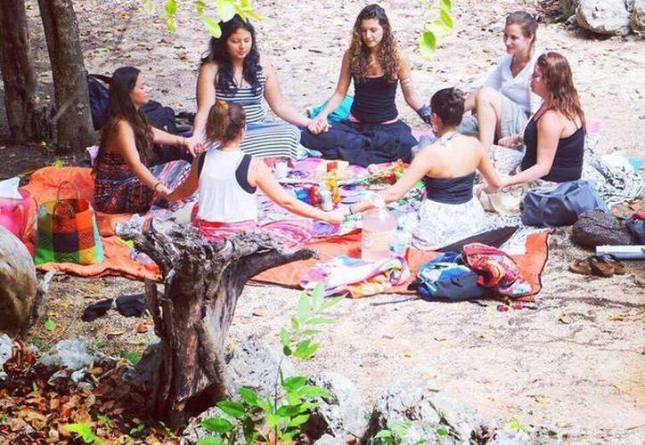 El objetivo de sentar bases entre las mujeres para una forma de vida más cercana con ellas mismas. (Octavio Martínez/SIPSE)