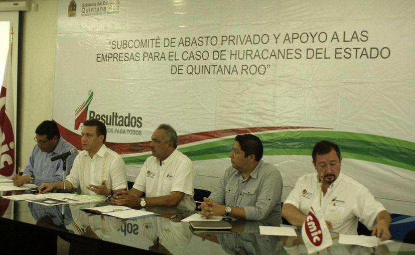 Representantes de los tres niveles de gobierno e iniciativa privada instauraron el protocolo. (Harold Alcocer/SIPSE)
