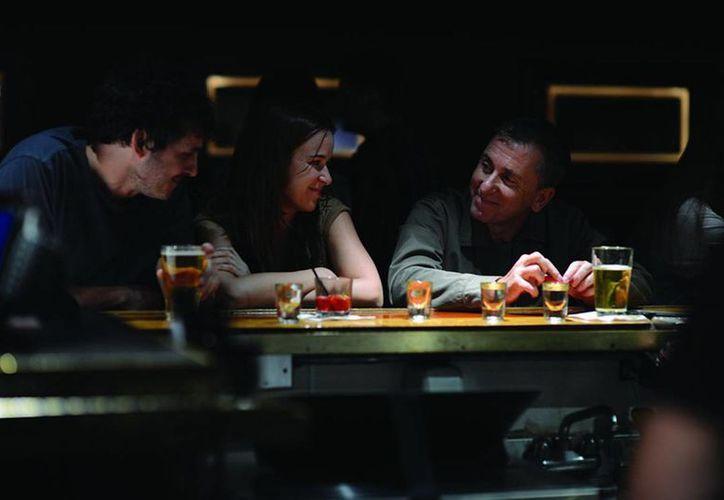 Tim Roth (d) es uno de los protagonistas de Chronic, película dirigida por el mexicano Michel Franco, la cual compite por la Palma de Oro en el Festival de Cannes. (cinemaniaec.wordpress.com)