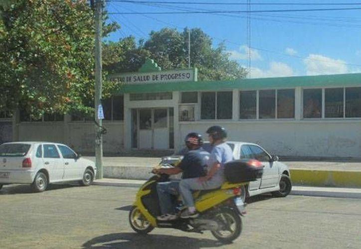 Tras larga lucha jurídica, tres empleados del Centro de Salud de Progreso (foto) serán reinstalados en sus puestos, pues no se comprobaron las irregularidades que les atribuyó la Secretaría de Salud de Yucatán sobre supuesta 'orgía'. (SIPSE)