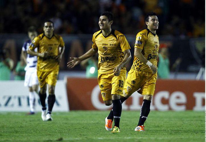 Las seis victorias consecutivas en casa servirán de nada si Jaguares no logra el triunfo ante Pachuca. (Foto: Agencias)