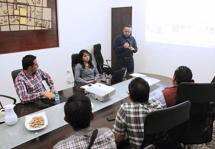 Funcionarios municipales hidalguenses aseguraron que, además de Micromer, tienen especial interés en otros programas, como el Sistema de Apertura Rápida de Empresas y la Bolsa de Trabajo Municipal. (Milenio Novedades)