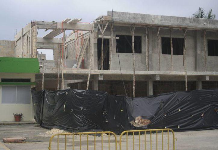 El dictamen técnico de levantamiento de la obra pudo haber costado hasta 70 mil pesos. (Harold Alcocer/SIPSE)