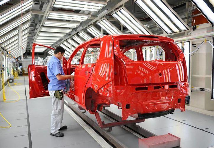 El principal mercado de la industria automotriz mexicana es Estados Unidos. (Archivo/Notimex)