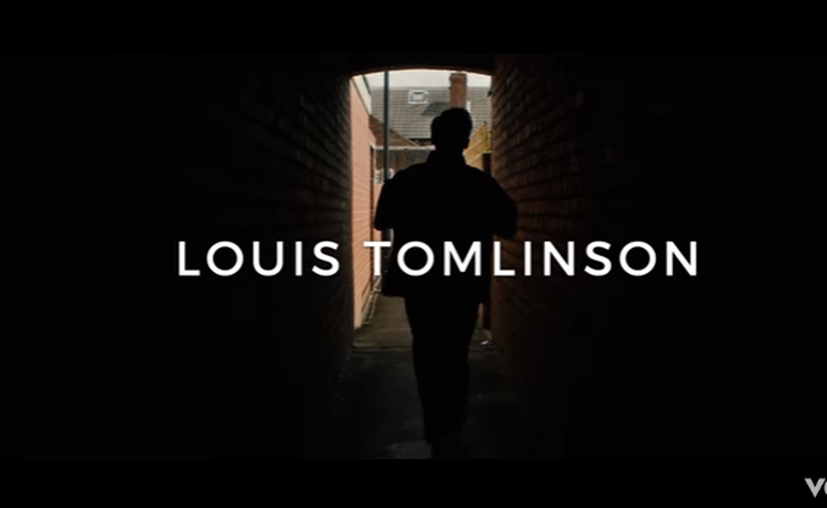Louis Tomlinson regresó a los estrenos musicales. (Captura Youtube).