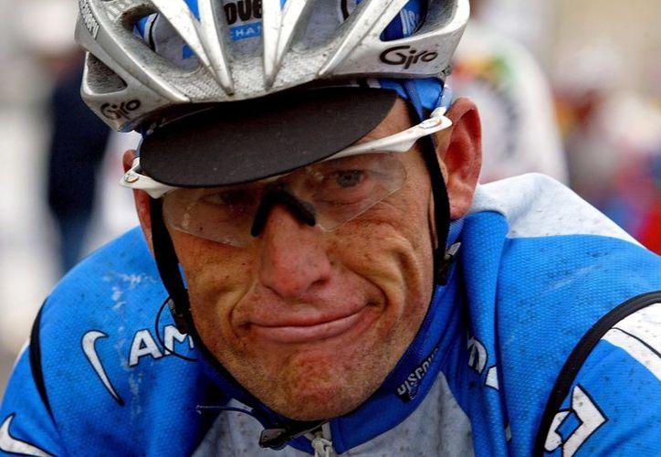 Michelle Ferrari sostiene que Lance Armstrong está limpio y que la UCI es corrupta. (Foto: EFE)