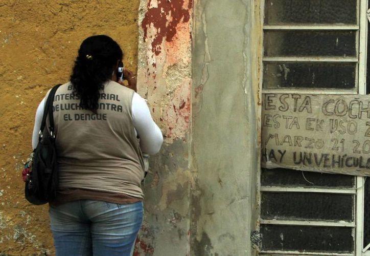 Algunas personas, por temor, cierran su casa a personal de la SSY. (José Acosta/SIPSE)