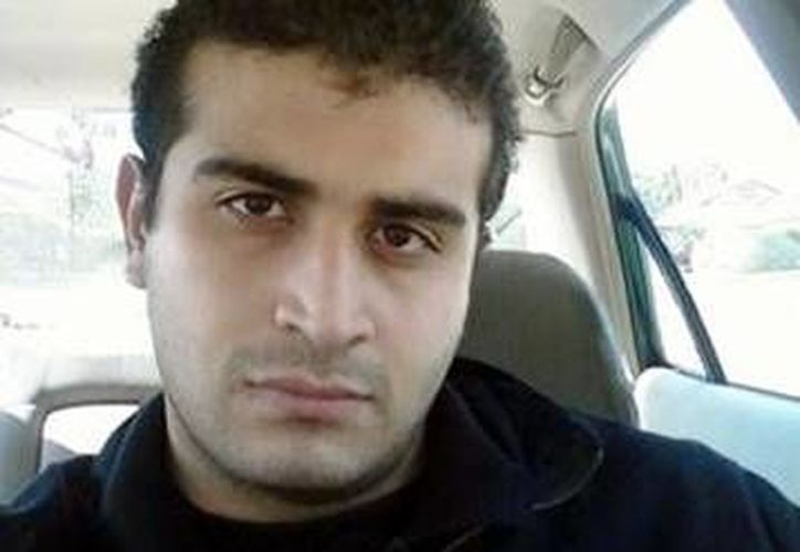 Las autoridades de EU solicitaron ayuda a Facebook para obtener información sobre las cuentas vinculadas al autor de la matanza en el bar gay Pulse, en Orlando, Omar Mateen. (AP)