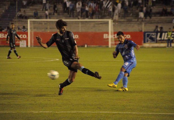 Toros y Venados terminaron su duelo con empate a un gol. (Milenio Novedades)
