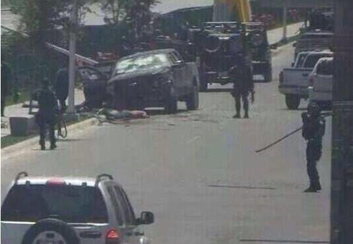 La balacera registrada este martes en Reynosa, Tamaulipas dejó 14 muertos. (Twitter.com/@TuiteraMx)