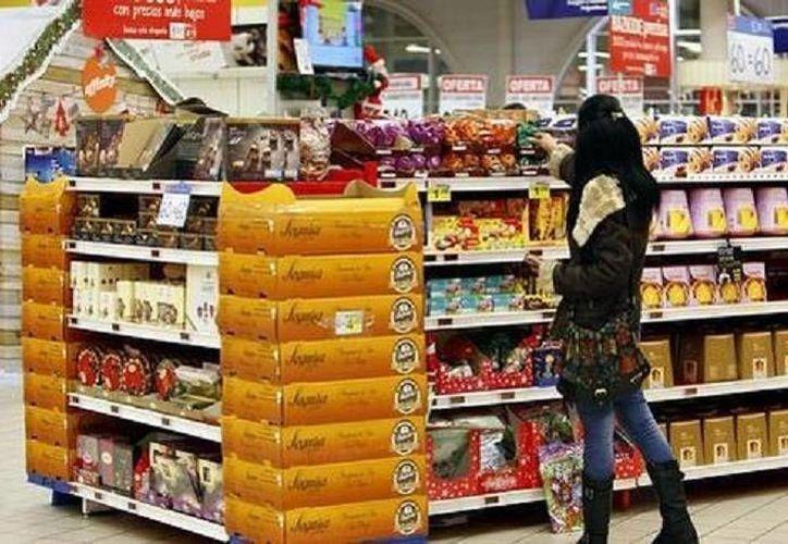 De acuerdo al informe de Banxico e Inegi, si bien las expectativas de los consumidores siguen presentando mesura ante el entorno actual y futuro, el descenso ha mostrado una moderación. (Milenio)