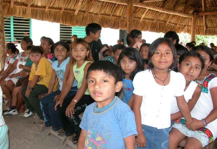 """Con el programa """"Diez por la infancia"""", los niños deberán contar con mejores condiciones y garantías para desarrollarse. (Manuel Salazar/SIPSE)"""
