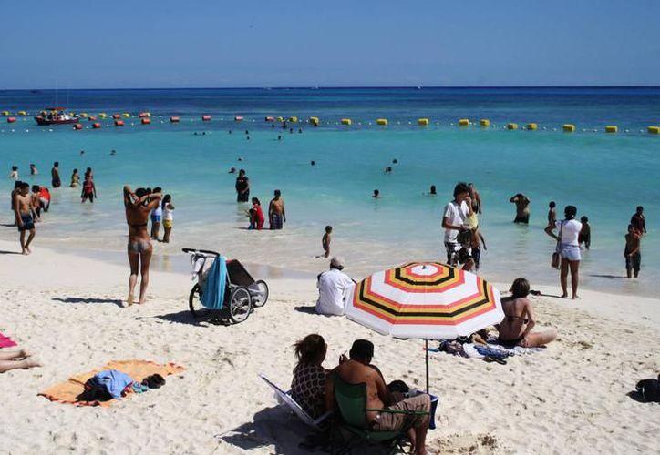 Playa del Carmen cerrará el 2017 con la visita de más de cuatro millones de turistas nacionales y extranjeros en el año. (Archivo/SIPSE).