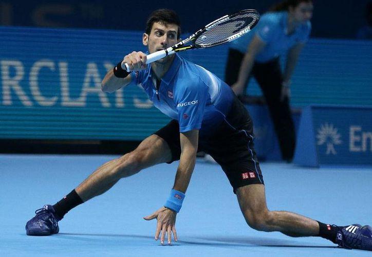 Djokovic (foto) derrotó en 2 sets a Rafael Nadal y así pasó a la final de la Copa Masters 2015. (AP)