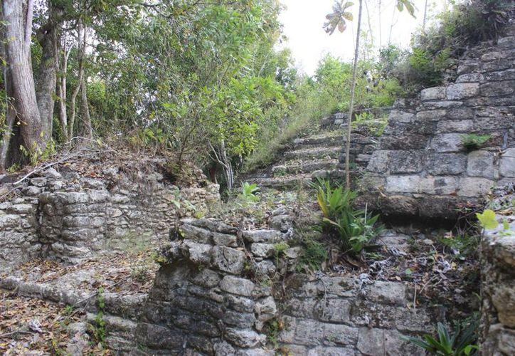 Preparan la presentación del sitio arqueológico al turismo. (Israel Leal/SIPSE)