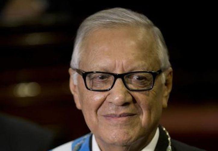 El nuevo presidente guatemalteco, Alejandro Maldonado Aguirre, había asumido la Vicepresidencia tras la caída de Roxana Baldetti por el mismo caso que provocó la renuncia de Otto Pérez Molina. (AP)