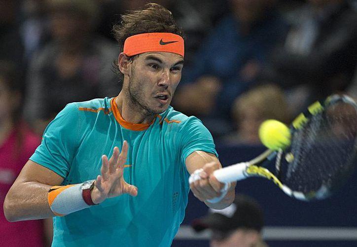 Por someterse a la intervención quirúrgica, Rafael Nadal se perderá el Masters de París y la Copa Masters de Londres. (AP)