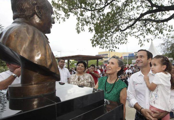 El evento se realizó en presencia de la señora Florinda Meza. (Cortesía/SIPSE)