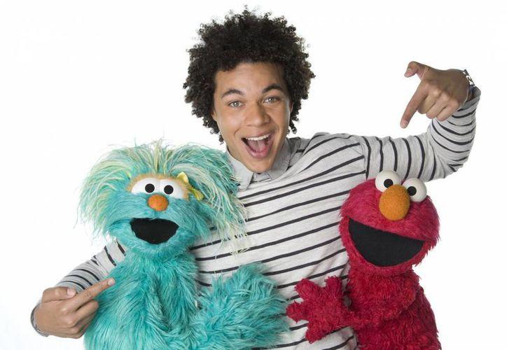 El actor puertorriqueño Ismael Cruz considera que 'Sesame Street' nunca pierde su magia. (Agencias)