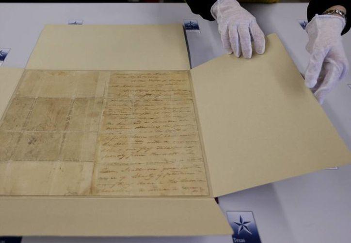 La carta salió furtivamente de El Alamo durante la noche en un correo a caballo. (Agencias)