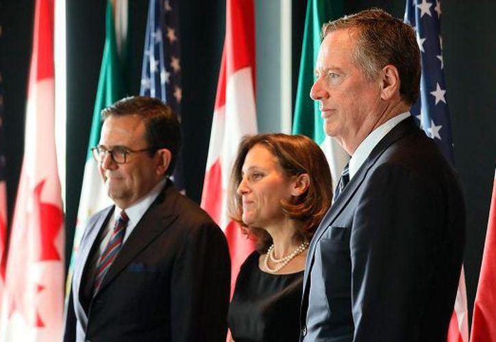 El equipo negociador de Estados Unidos regresó a la contrapropuesta que le hizo México sobre la regla de origen automotriz. (Forbes)