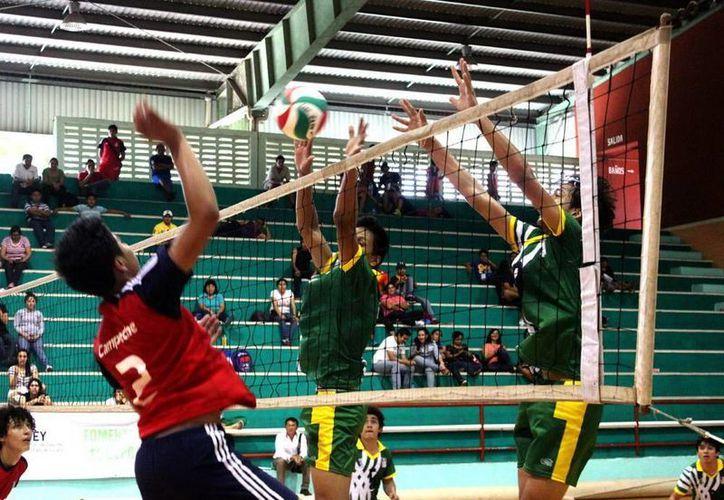 Acciones del partido juvenil varonil entre Campeche y Yucatán. (Milenio Novedades)