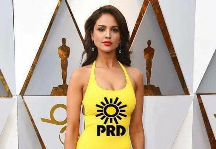 Eiza González y su vestido amarillo causaron una ola de memes. (Foto: Facebook)